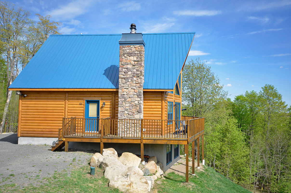 Timber Block Log Cabin home