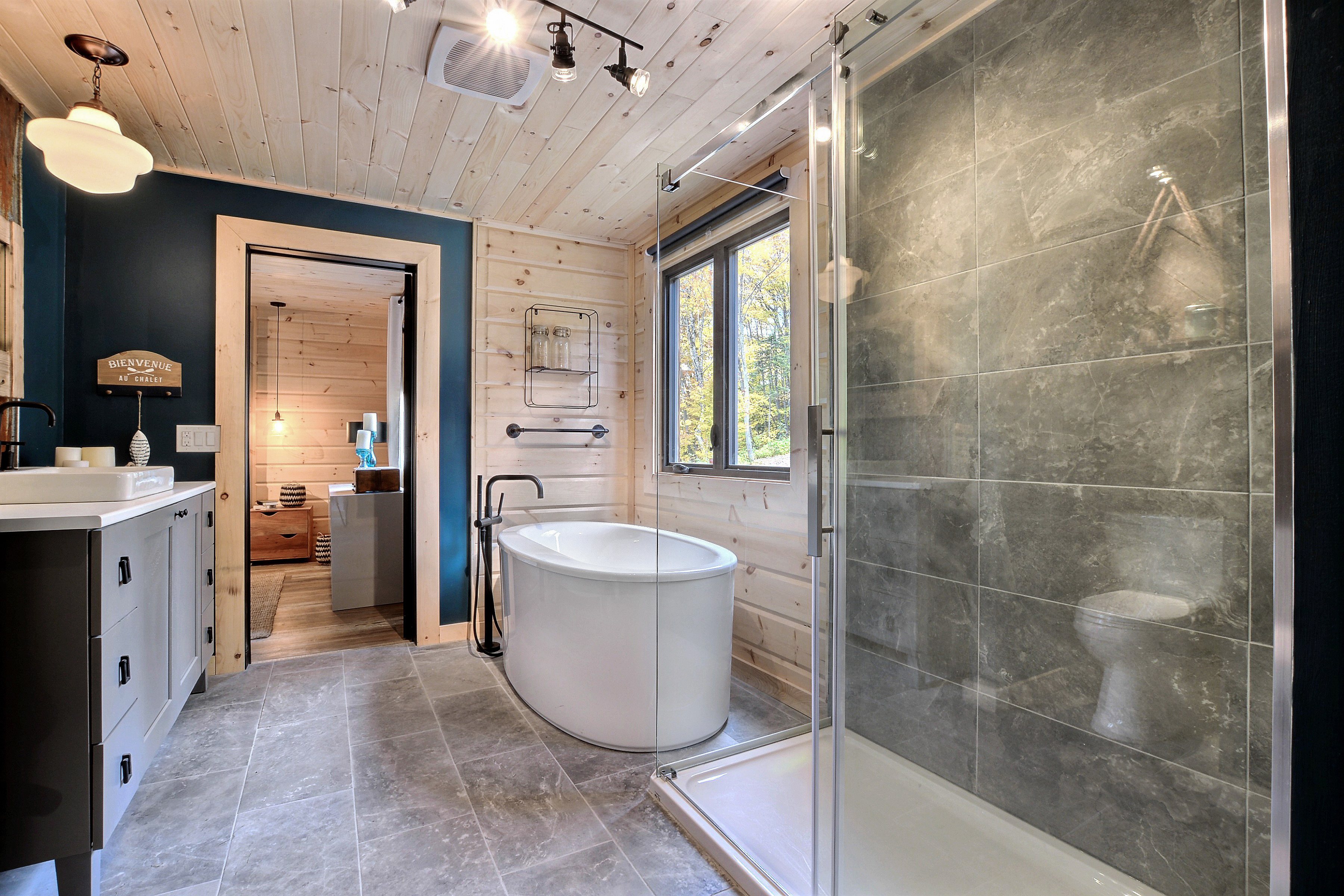 Timber Block Eastman Bathroom