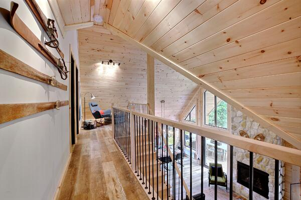 Timber Block Eastman Loft