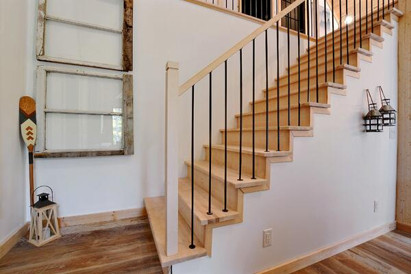 Timber Block Eastman Stairs