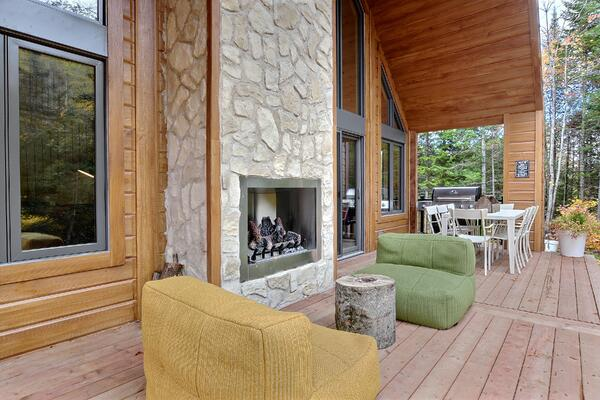 Timber Block Eastman patio fireplace