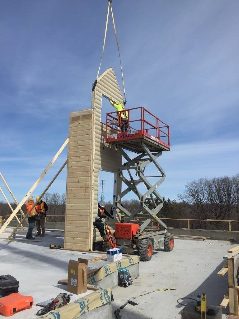 Timber Block Wall Raising Gregor