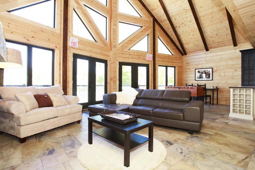 Ontario Labrador Living Room