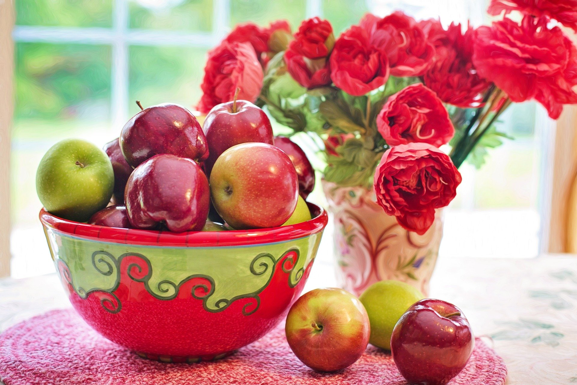 apples bowl