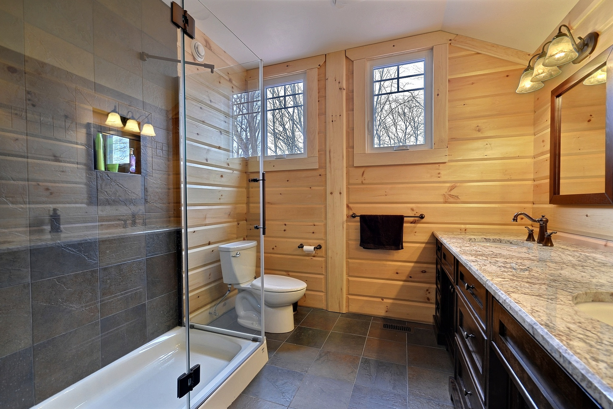 Timber Block Fairmont bathroom